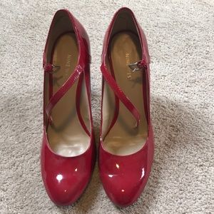 Red Nine West Mary Jane pumps